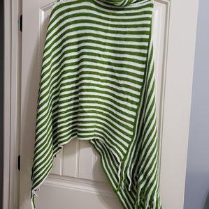 Green Poncho One Size NWOT